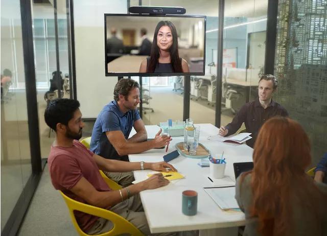 Poly Studio X50多功能视频会议终端
